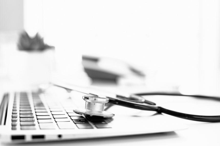 La santé en Suisse: comment endiguer la hausse des coûts?