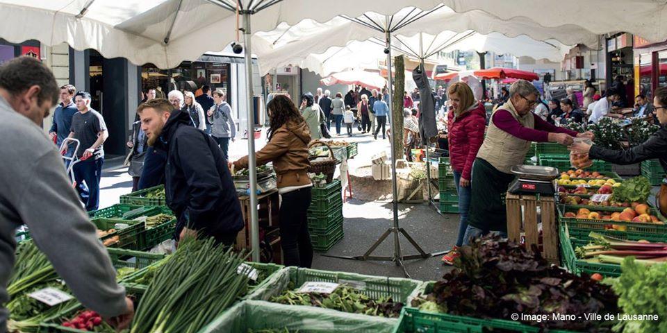 Les éditeurs de Lausanne au marché